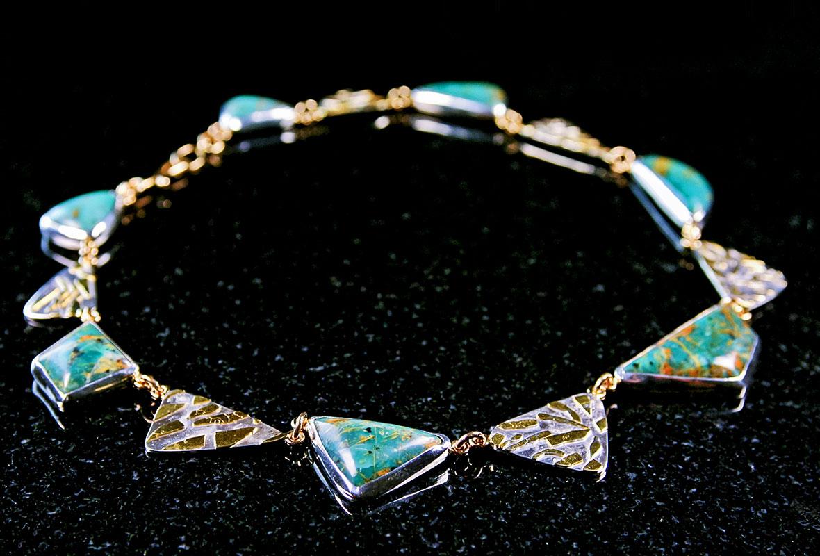 custom-designed-necklace-gold